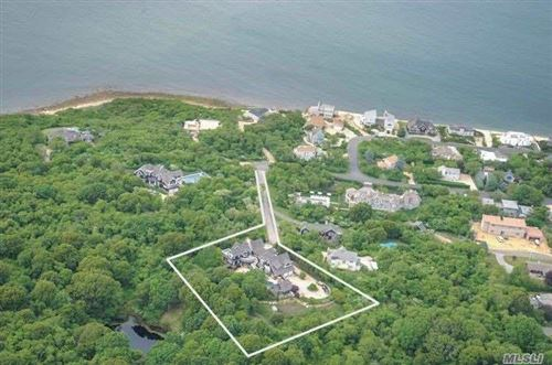 Photo of 171 Soundview Dr, Montauk, NY 11954 (MLS # 3110125)