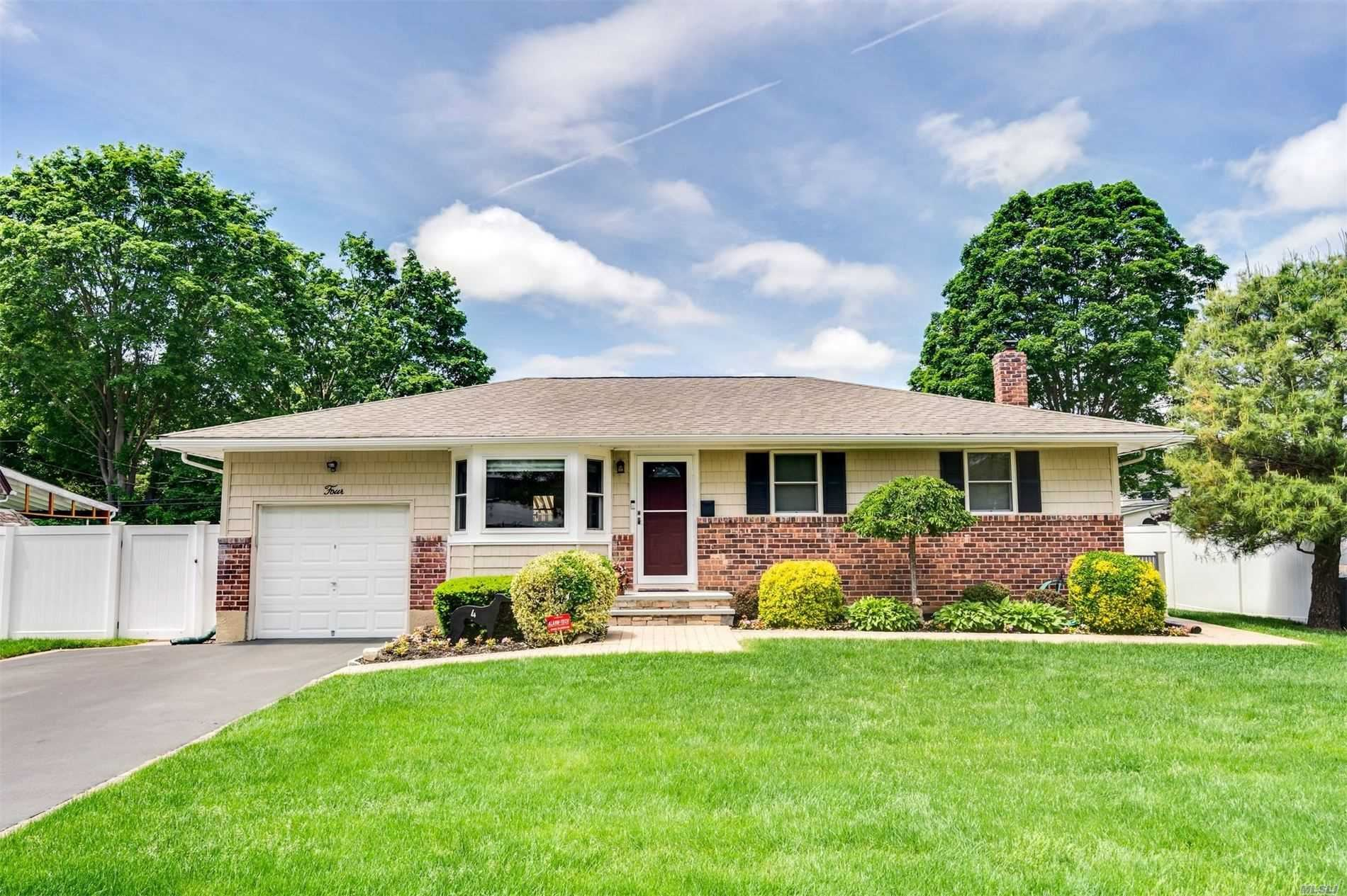 4 Old Indian Head Road, Commack, NY 11725 - MLS#: 3218127