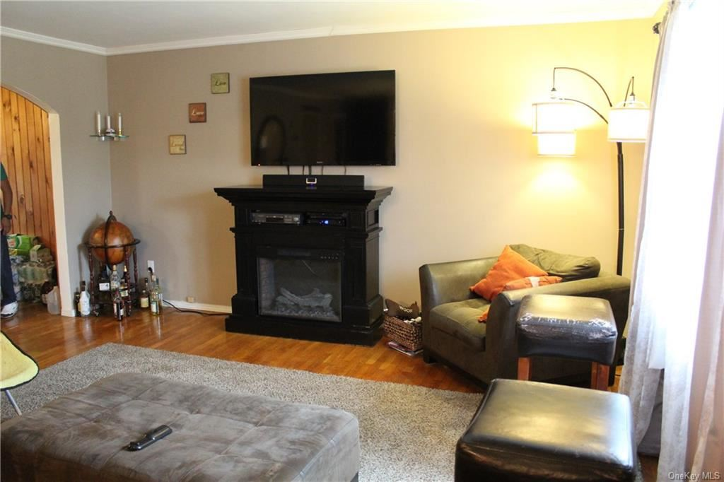 Photo of 1 Amy Lane, Middletown, NY 10941 (MLS # H6043127)