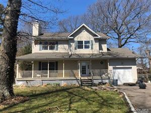Photo of 1042 Middle Rd, Riverhead, NY 11901 (MLS # 3131128)