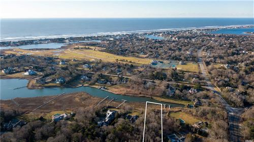 Photo of 5 Penniman Point Rd, Quogue, NY 11959 (MLS # 3199129)