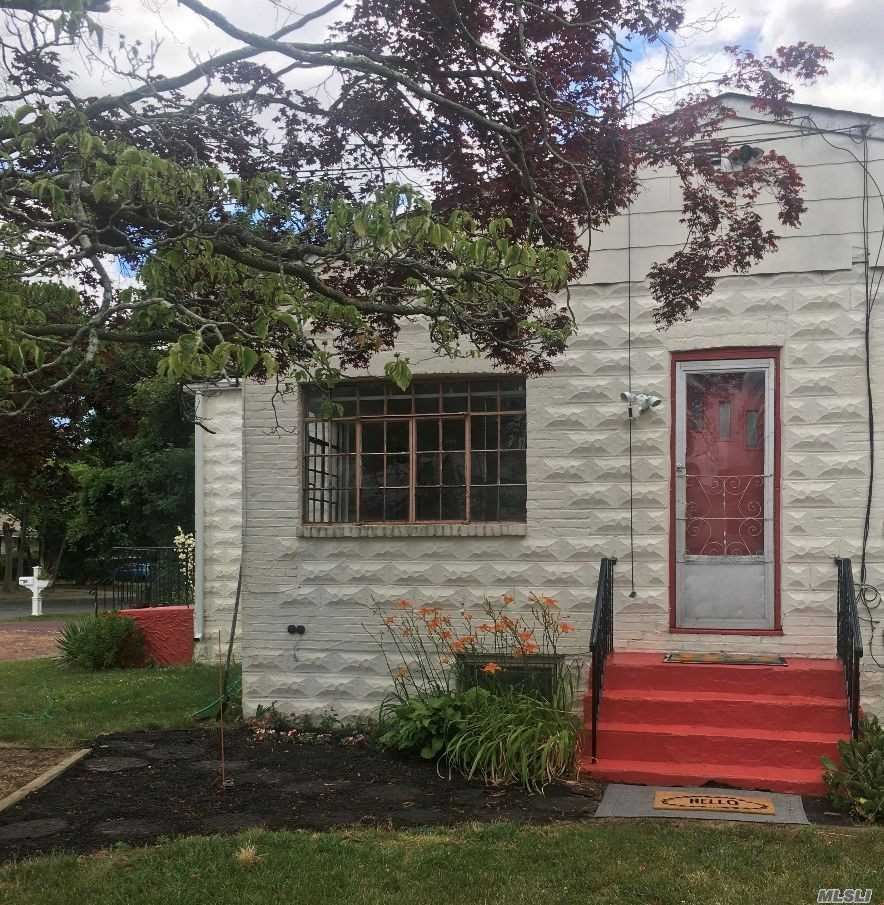 66 Gordon Avenue, West Babylon, NY 11704 - MLS#: 3227129