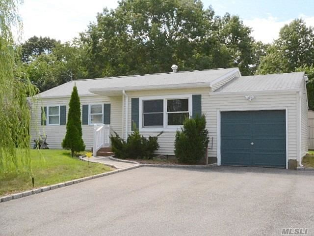 110 Newman Street, Patchogue, NY 11772 - MLS#: 3244131