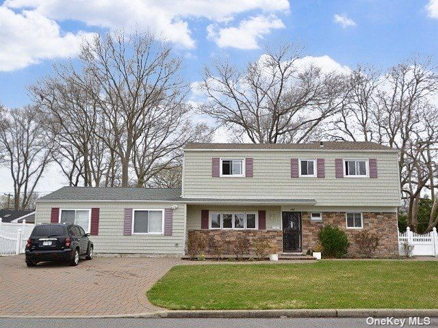 182 W 15th Street, Deer Park, NY 11729 - MLS#: 3302132