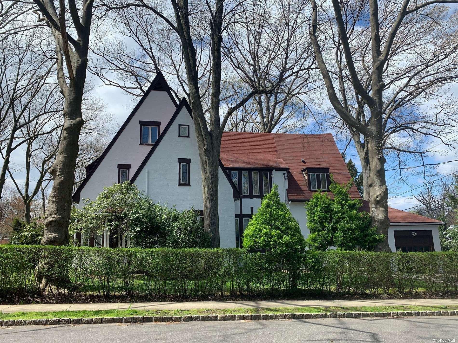 179 Hill Park Avenue, Great Neck, NY 11021 - MLS#: 3304133