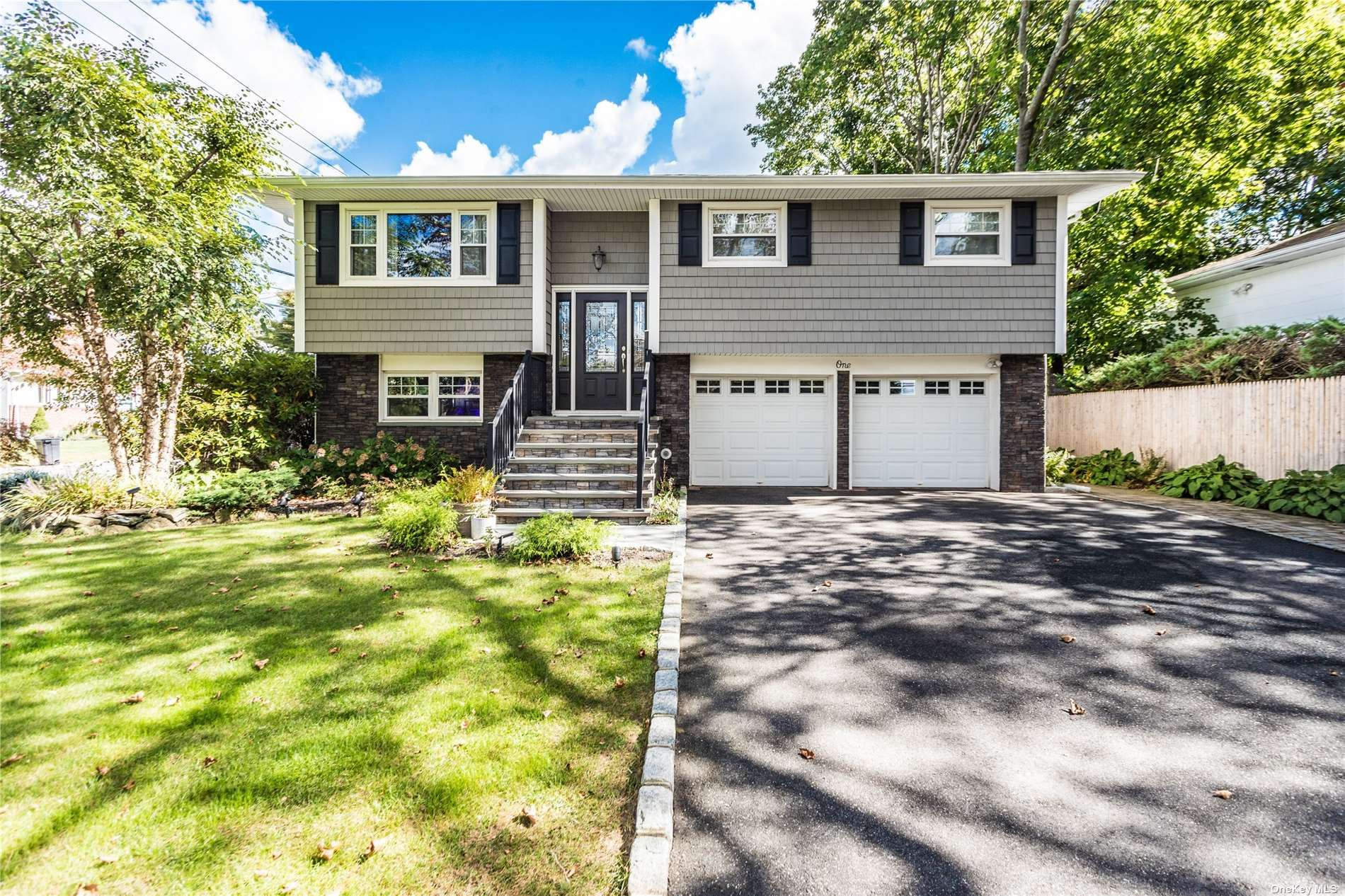 1 Wagner Court, Melville, NY 11747 - MLS#: 3350136