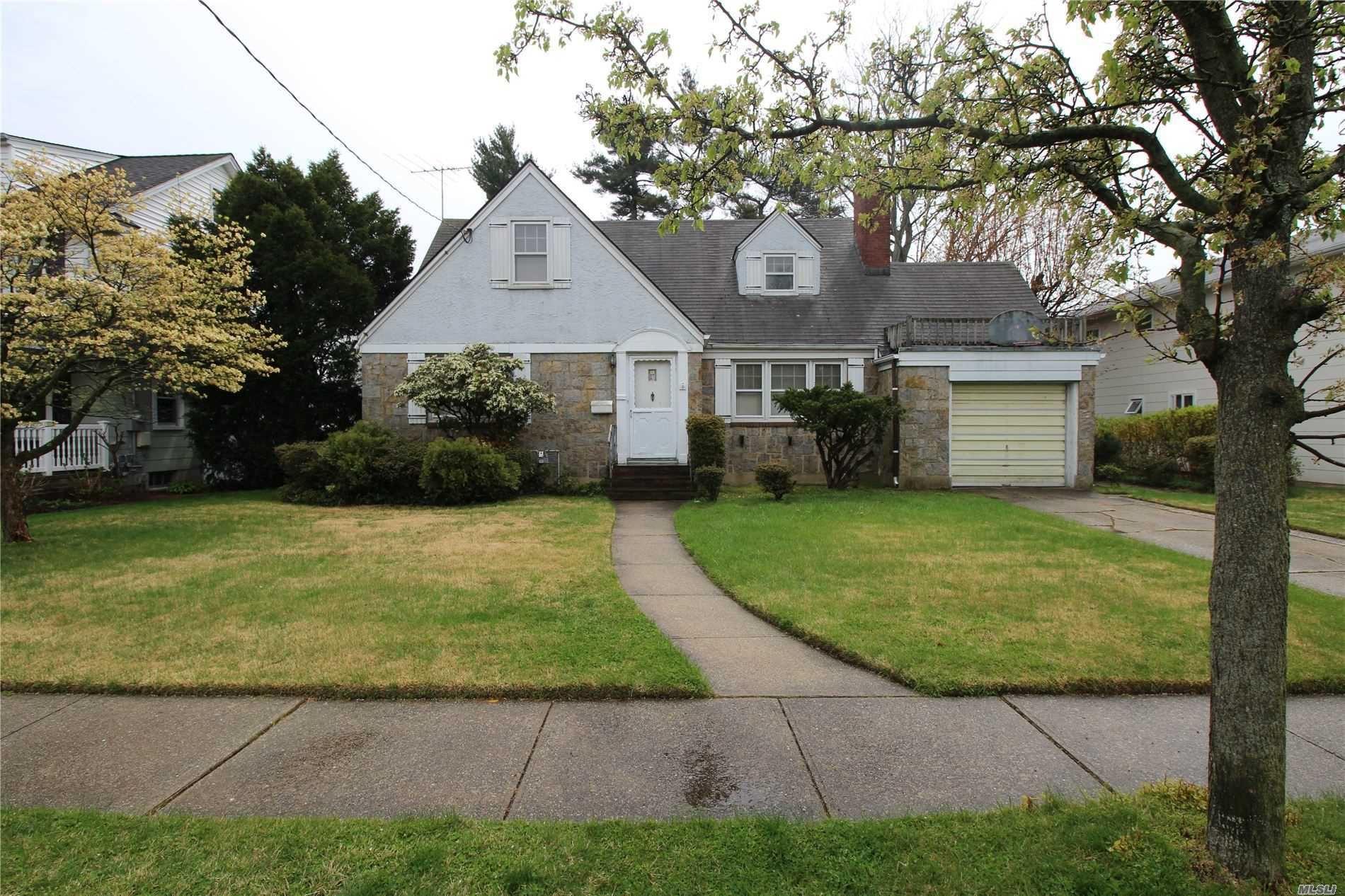 12 Stuart Avenue, Malverne, NY 11565 - MLS#: 3214137