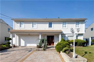 Photo of 788 Arbuckle Ave, Woodmere, NY 11598 (MLS # 3166139)