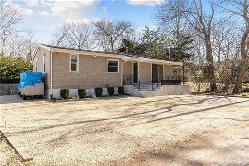 Photo of 26 Herne Place, Southampton, NY 11968 (MLS # 3292140)