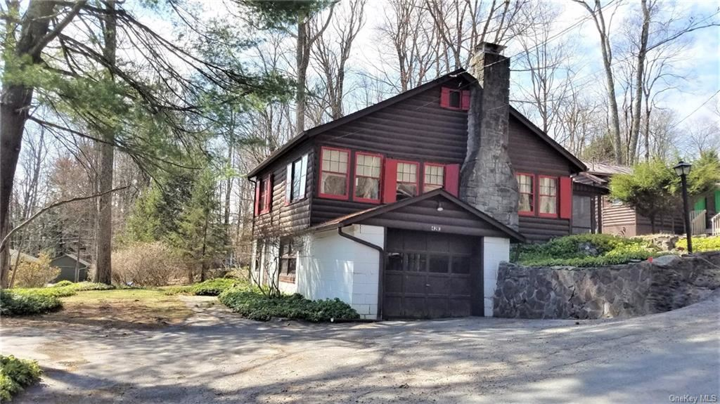 Photo for 42 E Catskill Trail, Smallwood, NY 12778 (MLS # H6098140)