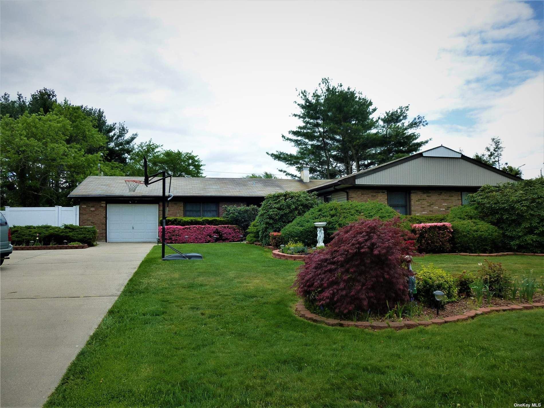 6 Meadow Drive, Stony Brook, NY 11790 - #: 3346142