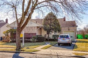 Photo of 454 Dunster Dr, W. Hempstead, NY 11552 (MLS # 3086144)