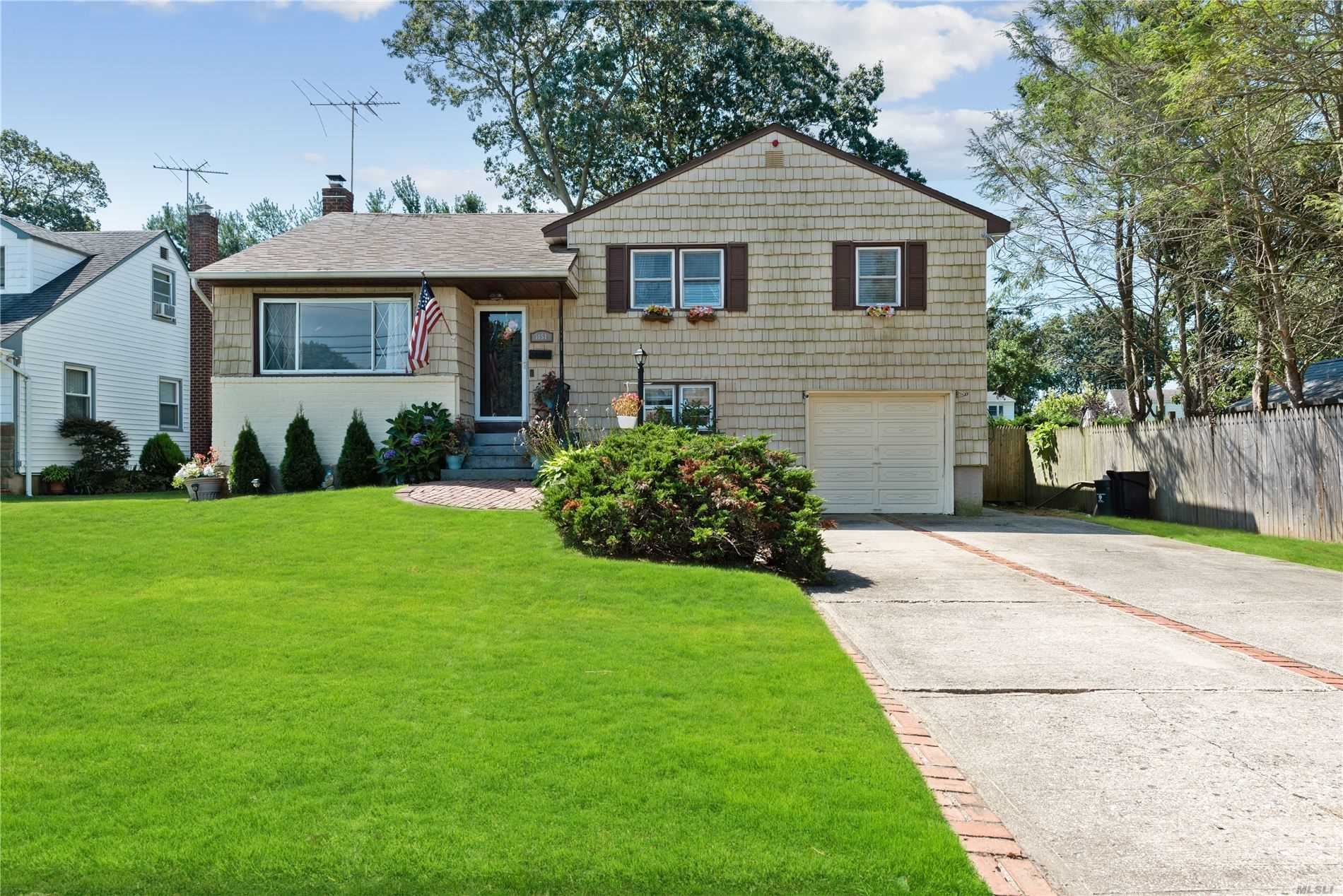 3854 Lincoln Street, Seaford, NY 11783 - MLS#: 3239144