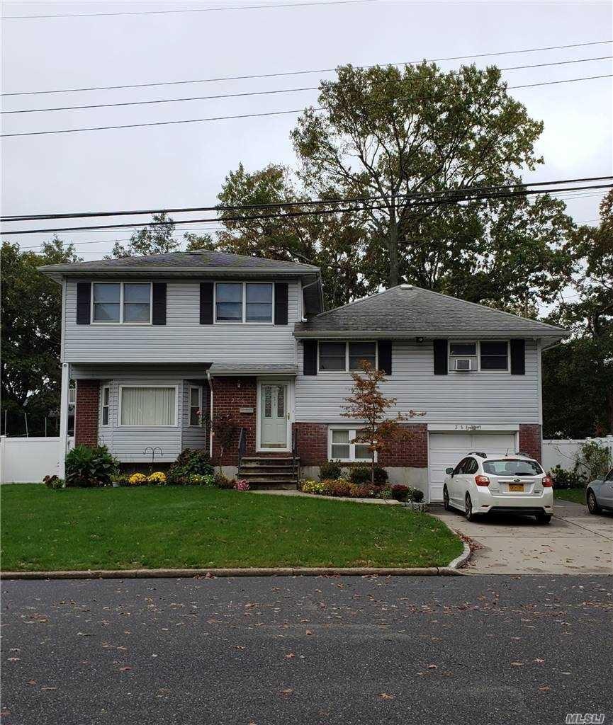286 W 2nd Street, Deer Park, NY 11729 - MLS#: 3261145