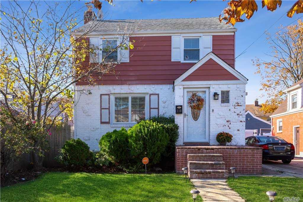 110 Spencer Place, Hempstead, NY 11550 - MLS#: 3270146