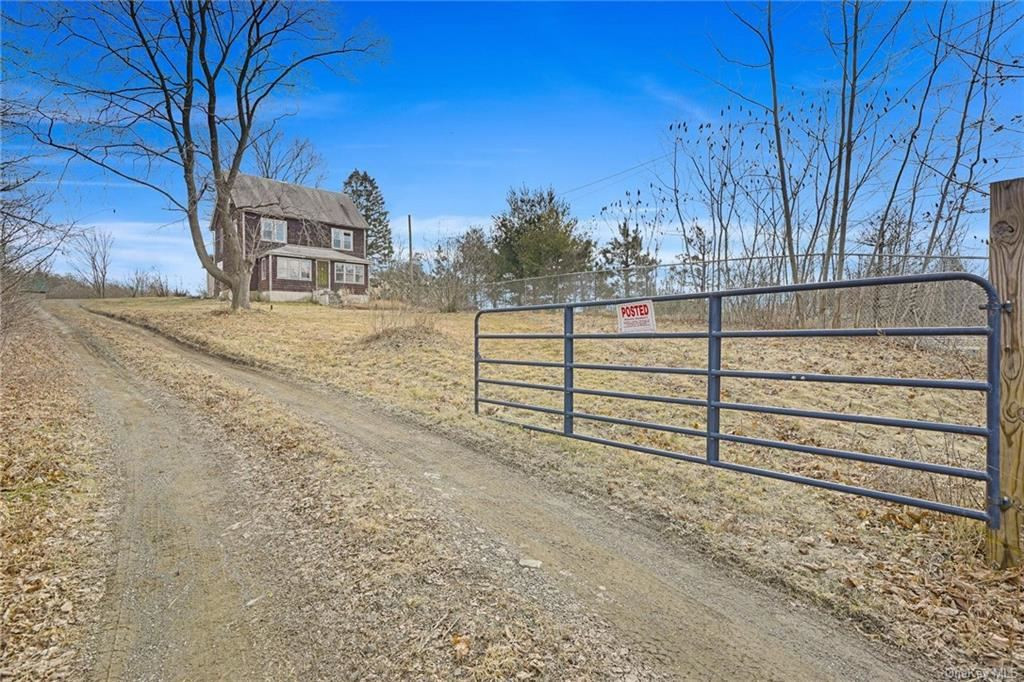 Photo of 202 Midland Lake Road, Middletown, NY 10941 (MLS # H6020146)