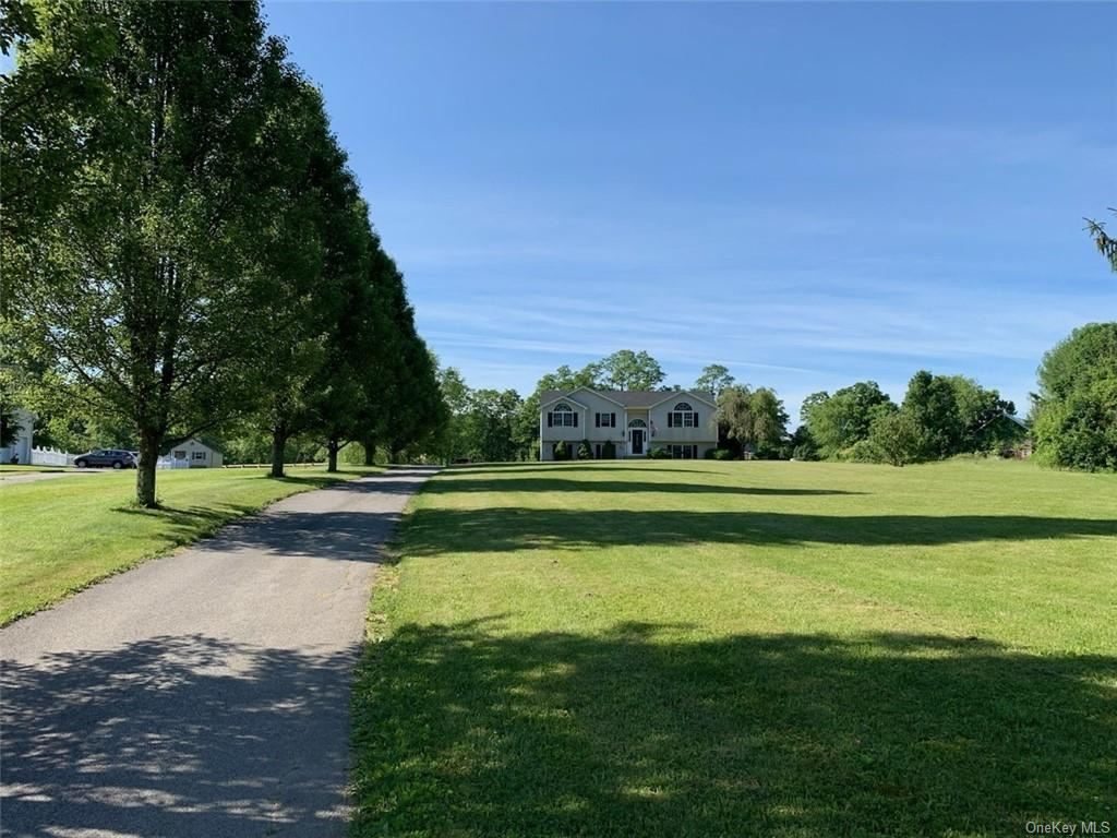 Photo of 856 County Route 17, Montgomery, NY 12549 (MLS # H6045148)
