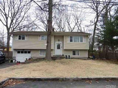 Photo of 27 Orienta Avenue, Lake Grove, NY 11755 (MLS # 3210149)