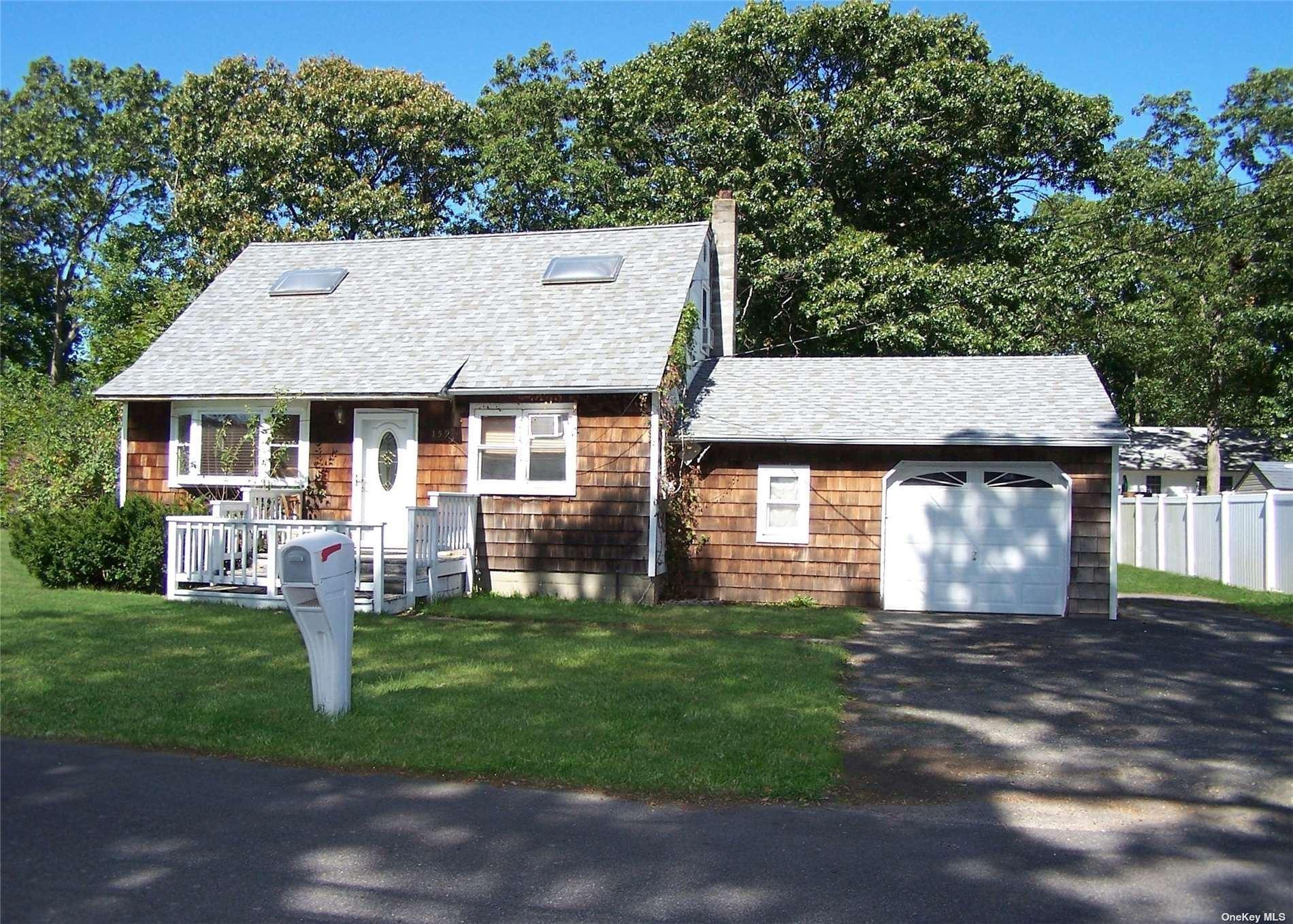 159 Dougherty Avenue, Holbrook, NY 11741 - #: 3351151