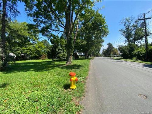 Photo of 20 Laurel Road, White Plains, NY 10605 (MLS # H6125153)