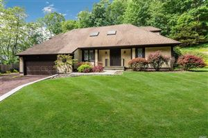 Photo of 242 Cleft Rd, Mill Neck, NY 11765 (MLS # 3133154)