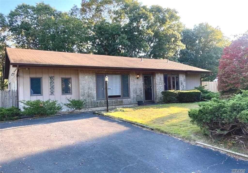8 Jewel Drive, Holtsville, NY 11742 - MLS#: 3259154