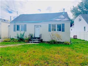 Photo of 6 Somerset St, Huntington Sta, NY 11746 (MLS # 3176155)