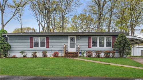 Photo of 1661-468 Old Country Road, Riverhead, NY 11901 (MLS # 3310156)