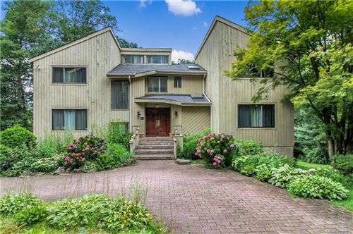 Photo of 23 Pine Hill Court, Briarcliff Manor, NY 10510 (MLS # H6131156)