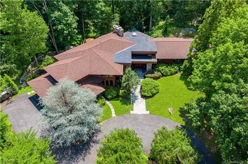 Photo of 5 Quinby Ridge Road, Armonk, NY 10504 (MLS # H6048160)