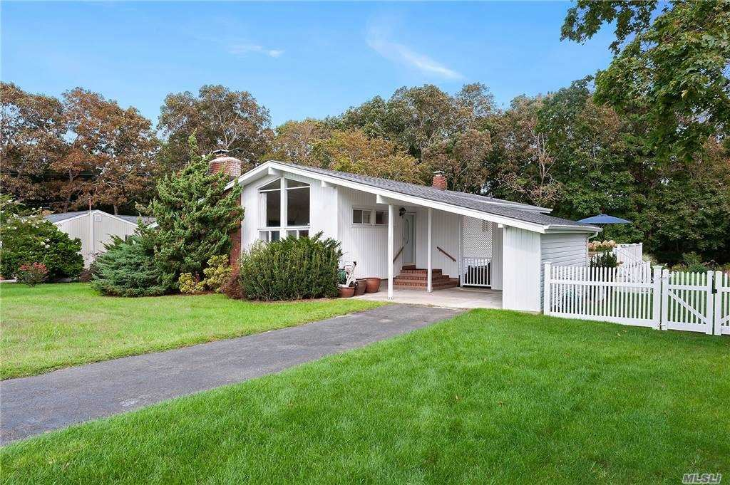 13 Fairview Road, Hampton Bays, NY 11946 - MLS#: 3253162