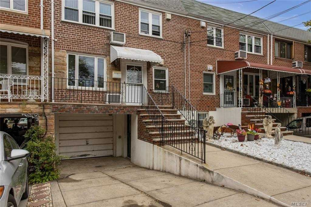 61-21 69th Place, Middle Village, NY 11379 - MLS#: 3256162