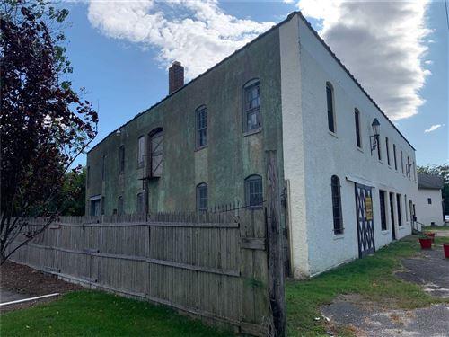Photo of 505 Lincoln Street, Riverhead, NY 11901 (MLS # 3200163)