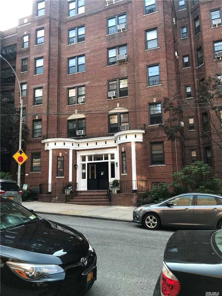 96-11 65th Rd #105, Rego Park, NY 11374 - MLS#: 3144163