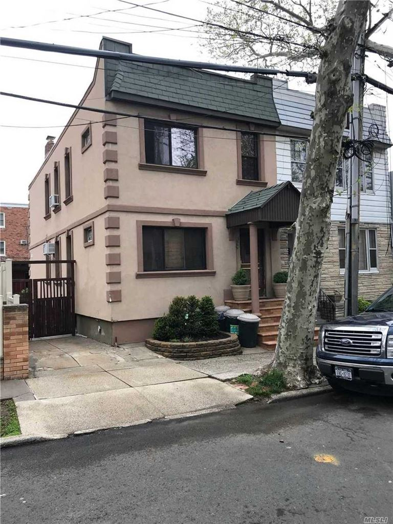 6666 71st Street, Middle Village, NY 11379 - MLS#: 3141164