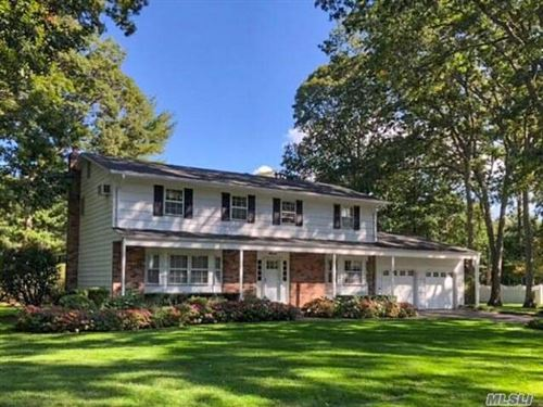 Photo of 7 Poplar Ct, Miller Place, NY 11764 (MLS # 3264166)