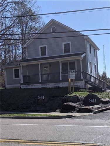 Photo of 941 Northville Turnpike, Riverhead, NY 11901 (MLS # 3286167)