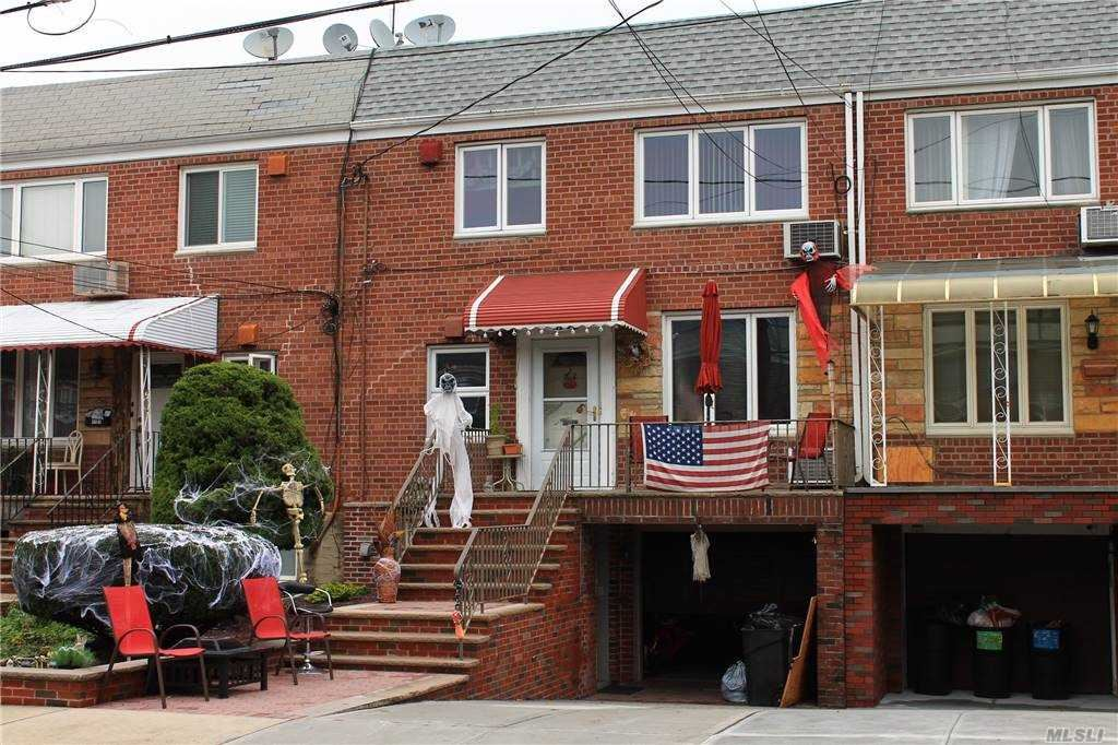 61-23 69th Lane, Middle Village, NY 11379 - MLS#: 3261171