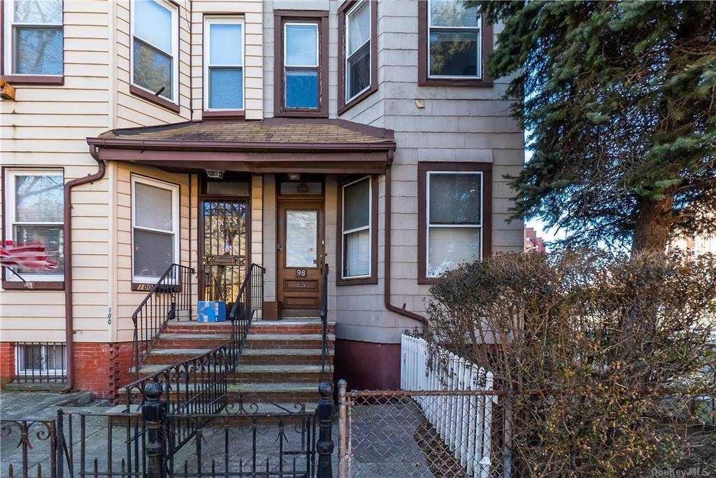 98 E 8th Street, Brooklyn, NY 11218 - MLS#: 3276171