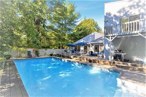 Photo of 15 Deerfield East, Quogue, NY 11959 (MLS # 3353172)