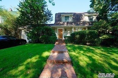 345 Manor Road, Douglaston, NY 11363 - MLS#: 3182172