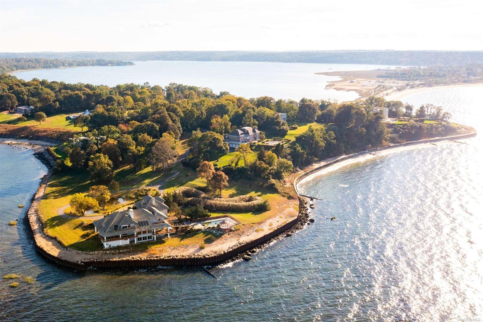 Photo of 105 Centre Island Road, Centre Island, NY 11771 (MLS # 3353173)