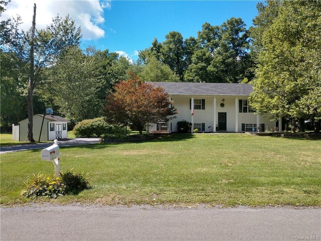 Photo of 6 Vincent Lane, Wallkill, NY 12589 (MLS # H6067173)