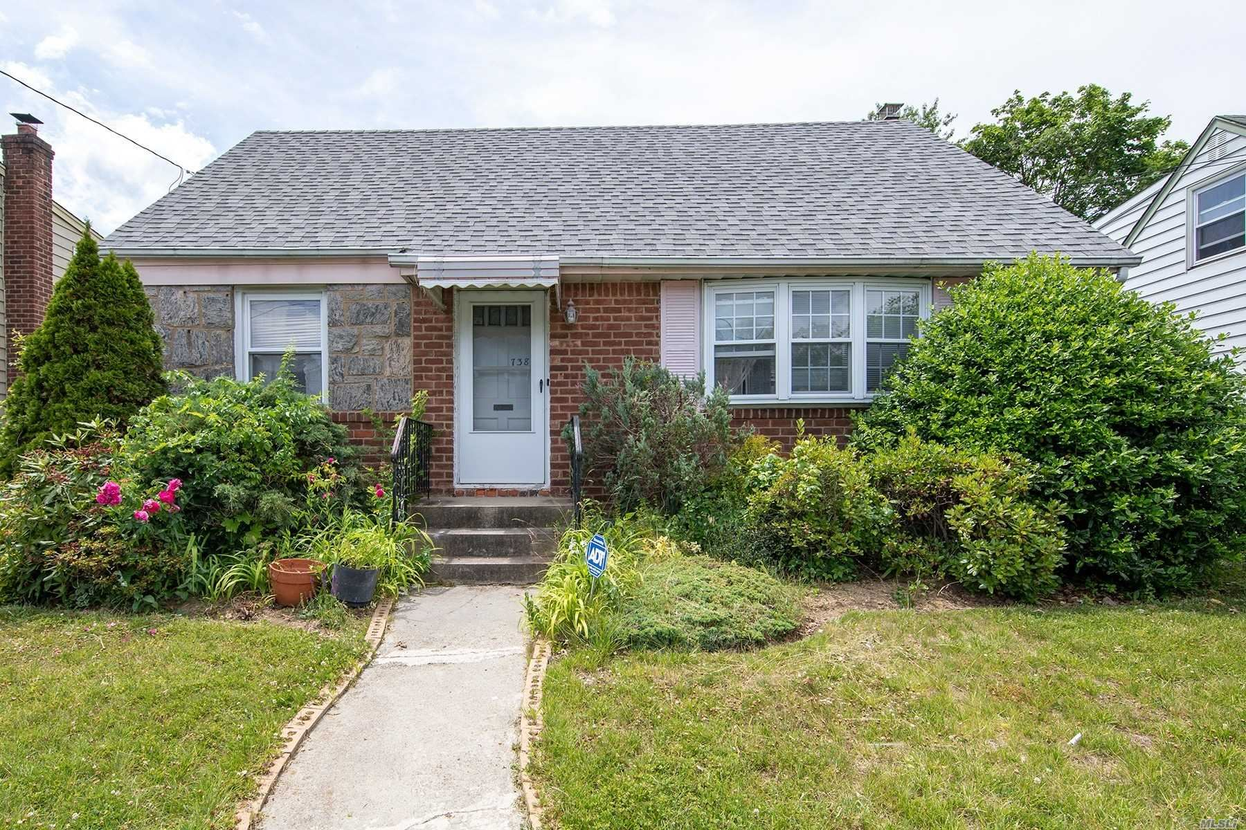 738 Martin Dr, Uniondale, NY 11553 - MLS#: 3226175