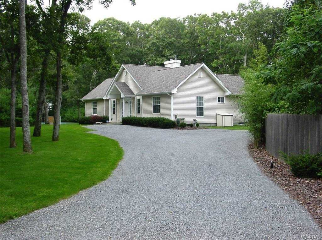 49 W Side Avenue, East Quogue, NY 11942 - MLS#: 3285176
