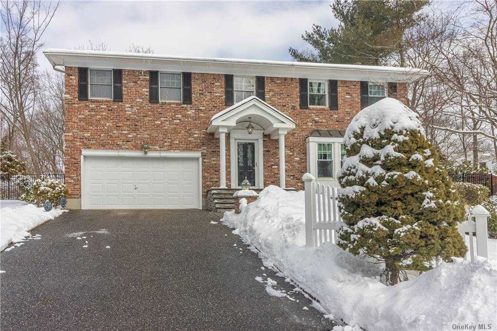10 Marge Place, Lake Grove, NY 11755 - MLS#: 3290177