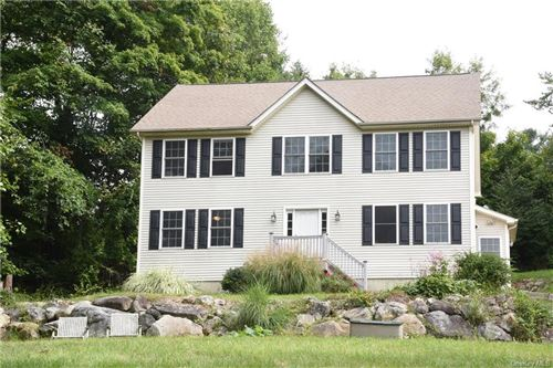 Photo of 5 Lakeview Drive, Brewster, NY 10509 (MLS # H6068178)
