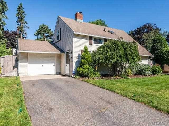 40 Middle Lane, Westbury, NY 11590 - MLS#: 3145178