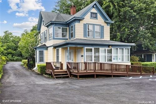 Photo of 729 Roanoke Avenue, Riverhead, NY 11901 (MLS # 3331180)