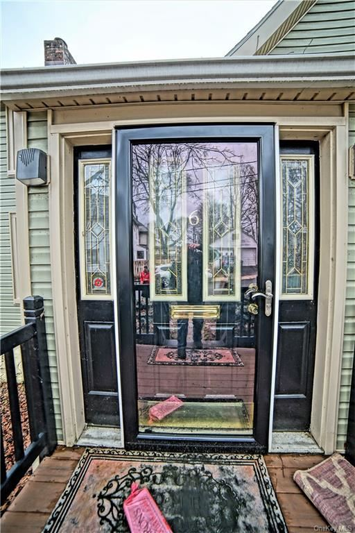 Photo of 6 Hoffman Street, Middletown, NY 10940 (MLS # H6091180)